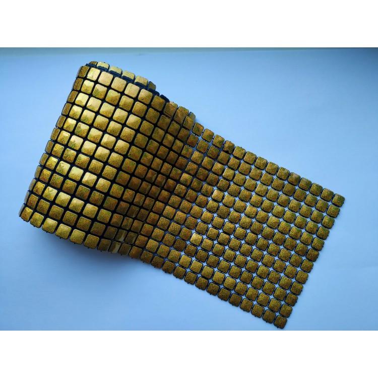 Лента пластиковая с золотыми квадратиками - 1 метр